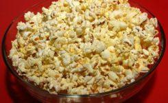 Como fazer pipoca no microondas com milho comum