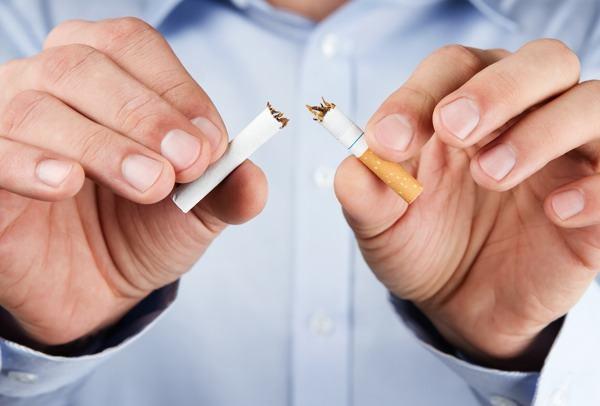 O que acontece com o corpo e a saúde ao parar de fumar