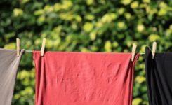 Como tirar manchas de roupas