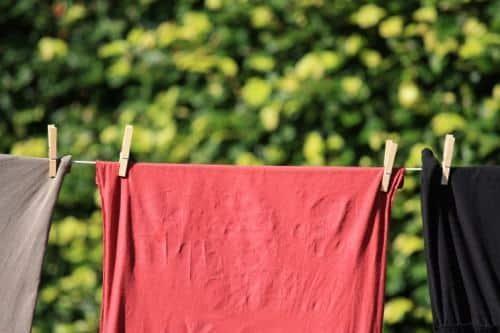Como tirar mancha de roupa